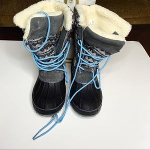 KHOMBU Kristi winter boots. Rubber and leather.